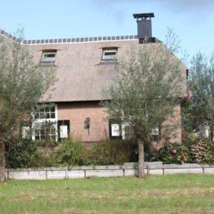Rieten-dak-in-Dwarsgracht-1