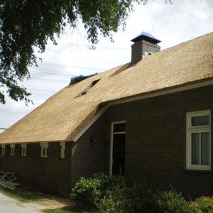 rietgedekte-boerderij-in-Blankenham