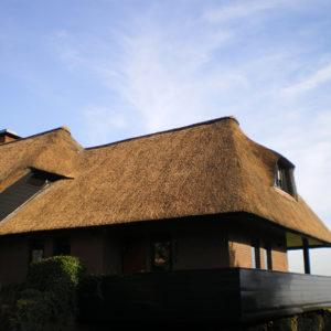 Restauratie en reparatie rieten daken