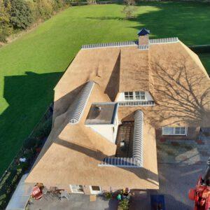 Rieten dak vervangen Lemelerveld 5