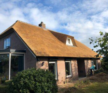 isolatie & dakkappel plaatsen en rietdekken in Lettele