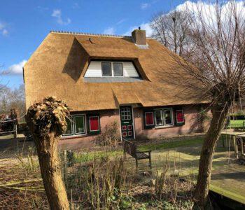 rieten-Dak vervangen op een vrijstaande woning in tHarde