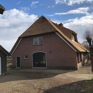 rieten-dak-vervangen-op-een-vrijstaande-woning-in-tHarde 3