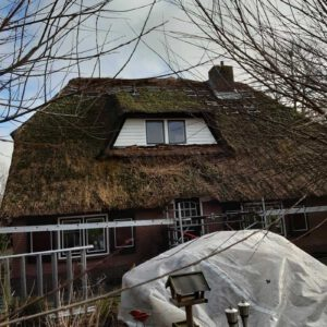 rieten-dak-vervangen-op-een-vrijstaande-woning-in-tHarde 4