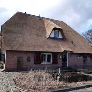rieten-dak-vervangen-op-een-vrijstaande-woning-in-tHarde 5